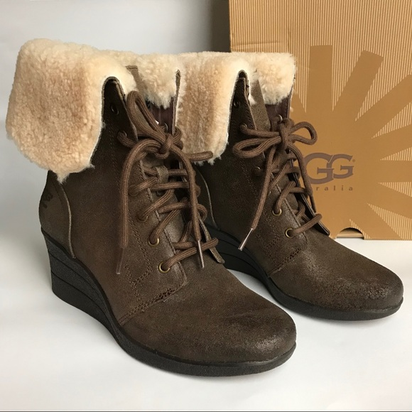 fa474d8aaea UGG Zea Leather Uptown Wedge Boots Stout 7
